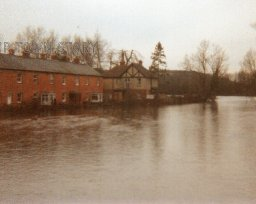 The flood, Wiley Terrace, Wilton, late 1980's