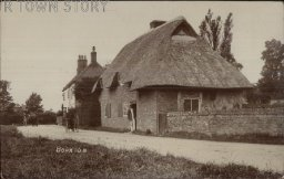 Thatched Cottage, Bourton, c. 1900s