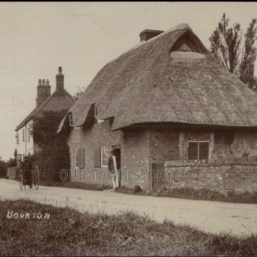 Thatched Cottage, Bourton, c. 1900s