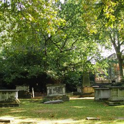 st-georges-gardens-bloomsbury-two-18th-century-burial-grounds
